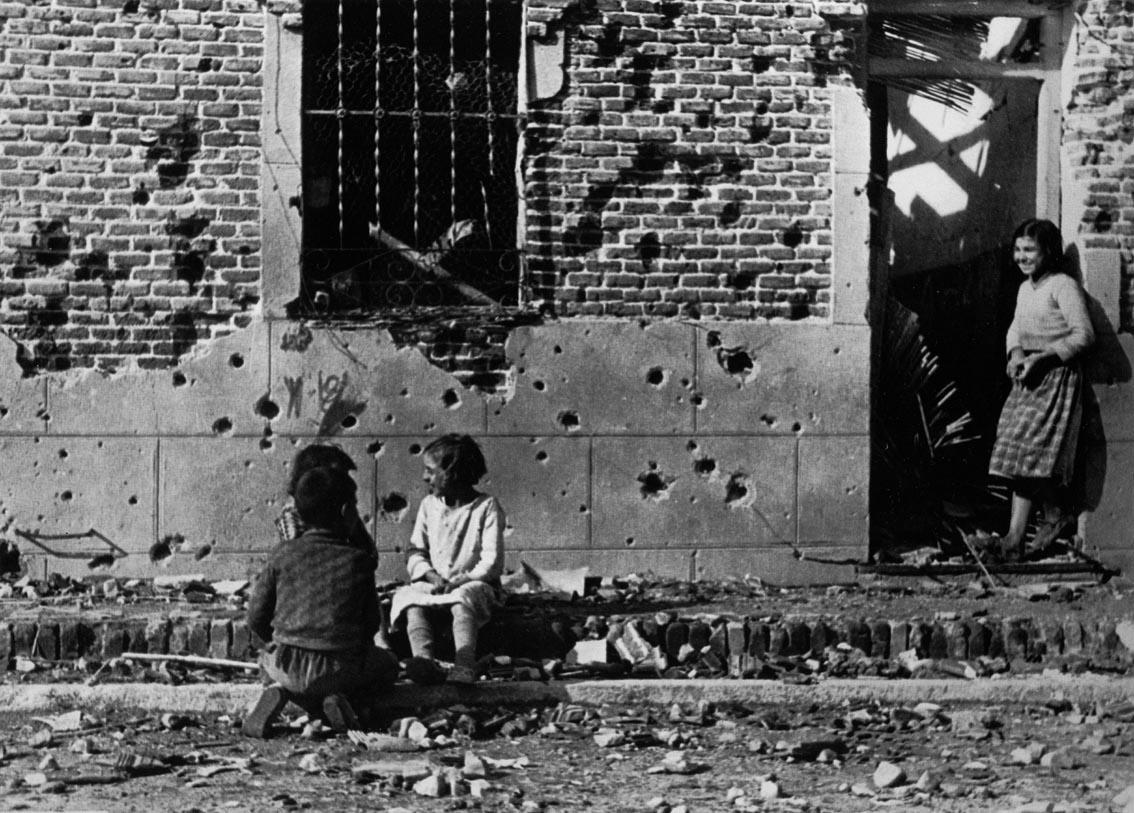 Fotografía de Robert Capa. Madrid, noviembre-diciembre 1936